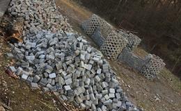 Illegal entsorgter Müll beseitigt: Red Castle Run-Gelände aufgehübscht