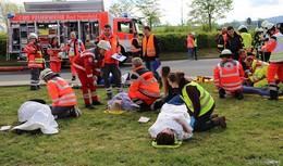 Großübung am Obersberg: Busunfall mit vielen Verletzten