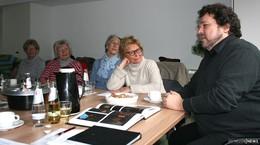 Medizinmann für Seele: Joern Hinkel plaudert aus dem Festspiel-Nähkästchen