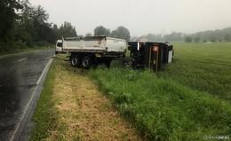 Unfall auf L 3174: Lkw kippt bei Margretenhaun um