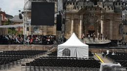 Darsteller proben für die Open-Air-Premiere des Musicals Bonifatius